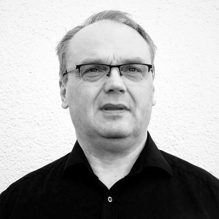 Dr. Stefan Teis